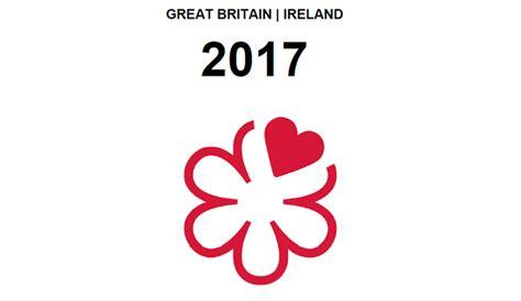 michelin guide great britain ireland 2018 restaurants hotels michelin guide michelin books guide michelin great britain ireland 2017