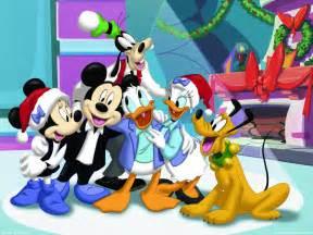 mickey mouse christmas christmas wallpaper 2735439 fanpop