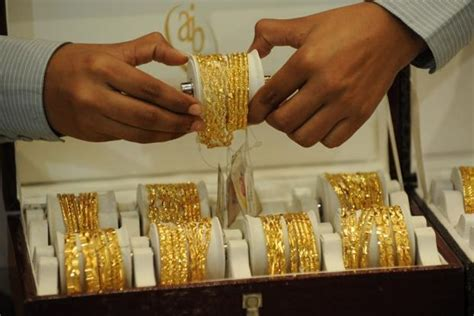 10 Gram Silver Coin Price In Delhi Today - gold prices jump nearly rs 500 in 3 days silver rates