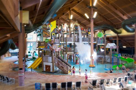 nine of the best indoor water parks in the us