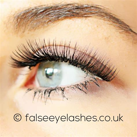 Lash Out V It Up With Flirty Lashes In An Instant Rocking Eyelash Extensions From Nycs Skintology Spa Fashiontribes by Lashes Flirty