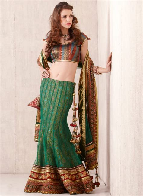 indian hairstyles with lehenga hairstyles cuts tips indian party wear lehenga