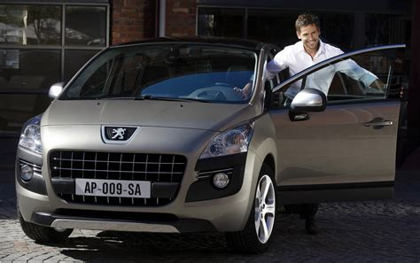 peugeot world new peugeot 3008 crossover officially revealed details