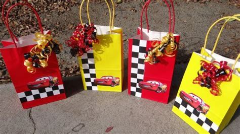 Goodie Bag Busur Kombinasi Cars 1 1000 images about decoracion de johan on cars lightning mcqueen and