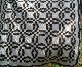 Black And  Ee  White Ee   Monets  Ee  Wedding Ee    Ee  Ring Ee    Ee  Quilt Ee   From The
