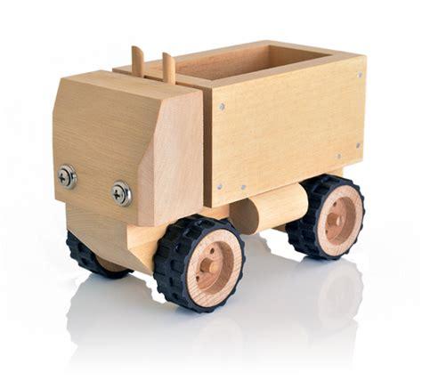 short wooden truck  kids  build wooden truck