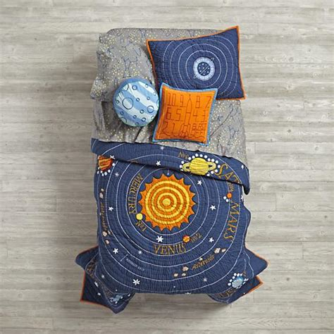 solar system bedding kids bedding blue solar system quilt the land of nod