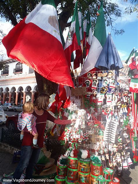 Independence Decorations by Mexico Bicentennial