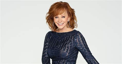 reba mcintire clothes reba mcentire ready to host cma country