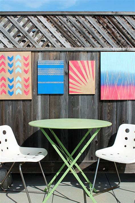 spray paint in wall 10 diy wall projects for the outdoors