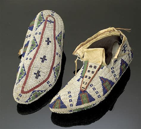 sioux fully beaded hide moccasins 1371887