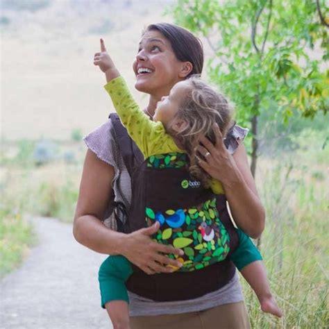 portare i bambini portare i bambini nel marsupio passione mamma