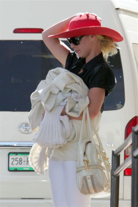 Katherine Heigl Style Couture Patent Leather Lovely Bag katherine heigl style couture patent leather lovely bag