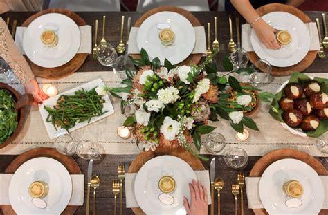 dinner host fall dinner party decor host a chic autumn youtube loversiq