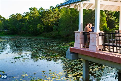 Florida Botanical Gardens Engagement Photography Bg Botanical Gardens Fl