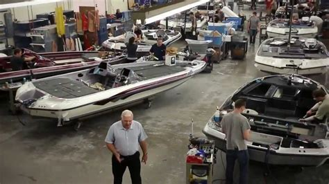 nautique boats factory tour ranger boat factory your finishing department youtube
