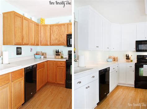 Before After Painting Old Kitchen Cabinets Modern Kitchens Painting Oak Kitchen Cabinets White Before And After