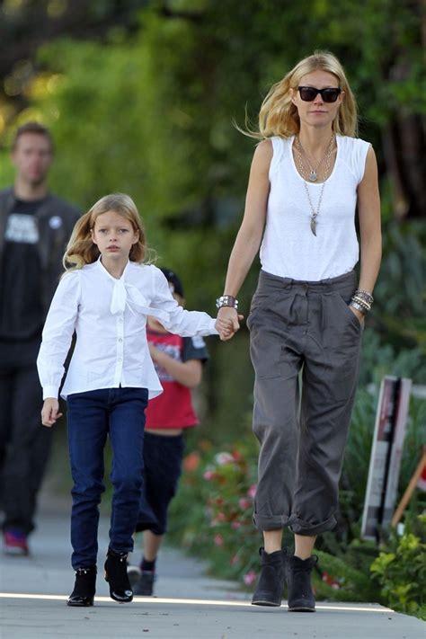 chris martin and gwyneth paltrow kids gwyneth paltrow in gwyneth paltrow and chris martin out