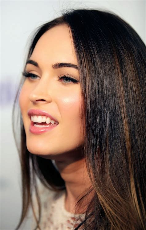 Megan Hairstyle by Megan Fox Hairstyles Hair Styles Collection