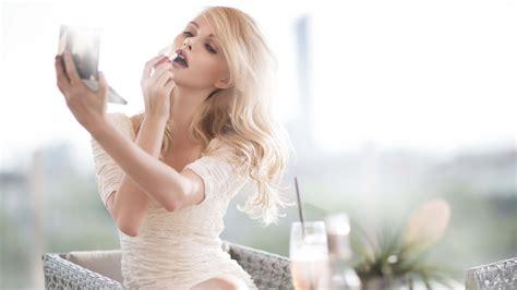 download beauty blonde girl 2015 wallpaper hd picture b492c beautiful blonde girl model makeup 4k wallpaper