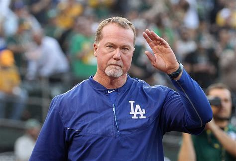 coach bench san diego padres mark mcgwire to be named team s bench