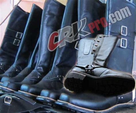 Seragam Dllaj Sepatu Motor Handmade Boots Koboy Cibaduyut Model Lars