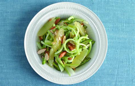 sedano in insalata ricetta insalata di asparagi sedano e limone la cucina