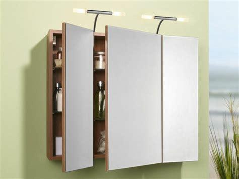 Schöne Spiegel by Badezimmer Spiegelschrank Mit Beleuchtung Sch 246 Ne Ideen