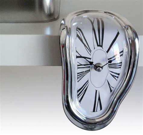 Melting Shelf Clock by Melting Shelf Clock