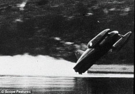 Water Speed Record Deaths Was Donald Cbell Driven By A Terrifying Wish Daily Mail