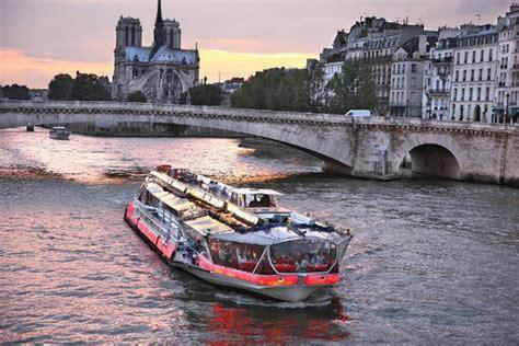 bateau mouche emploi bateaux parisiens bateaux mouches vedettes de paris