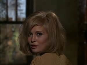 For best actress faye dunaway for playing bonnie parker