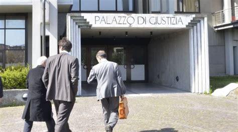 uffici giudiziari firenze tribunale situazione insostenibile accorpateci a