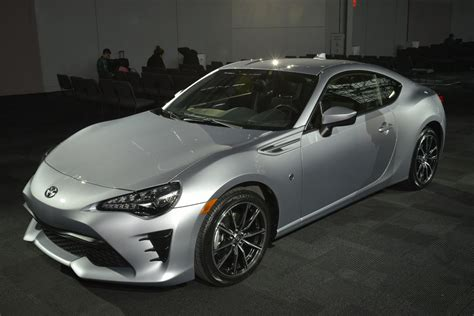 Toyota Scion Fr S The 2017 Toyota 86 Is Here To Replace The Scion Fr S
