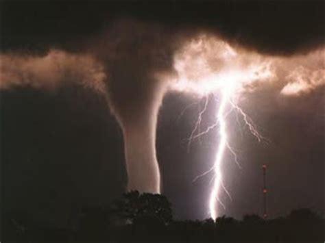 El Portal de Jabalo: teoria del fin del mundo 2012
