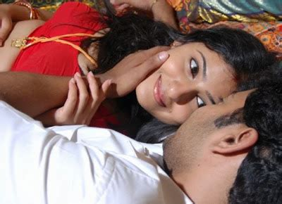bed scenes actress actors pictures collections romantic bed scene