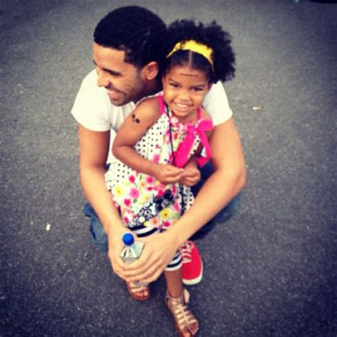 drake daughter awesome pics of drake doing adorable things with kids