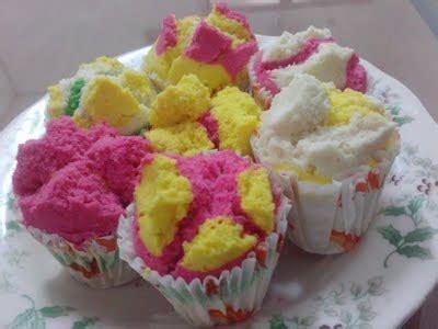membuat kue bolu singkong resep dan cara membuat kue bolu fella1102010065