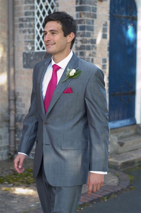 Grey suit for wedding, What shirt and tie combo??   boards