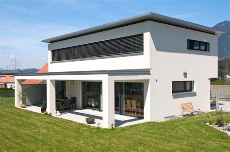 einfamilienhaus nenzing flachdach mit vordach