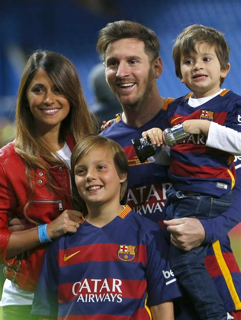 lionel messi family biography not so shy messi tying the knot with childhood sweetheart