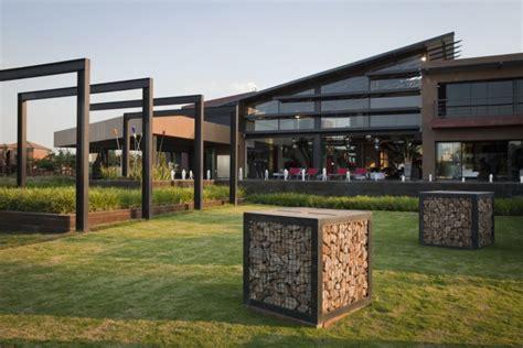 Luxury Home Design Magazine Circulation house mooikloof by nico van der meulen architects