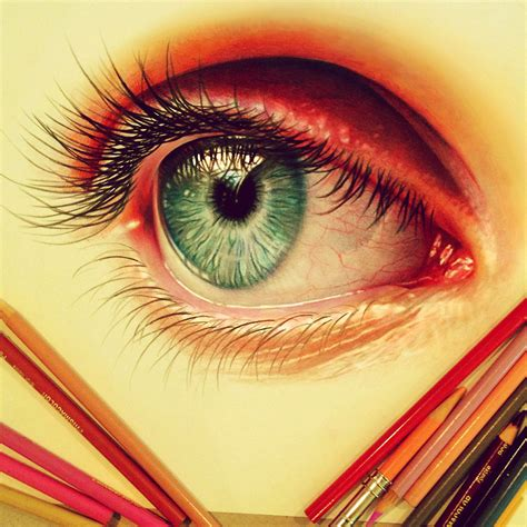 color sketch 22 year artist creates hyper realistic pencil drawings