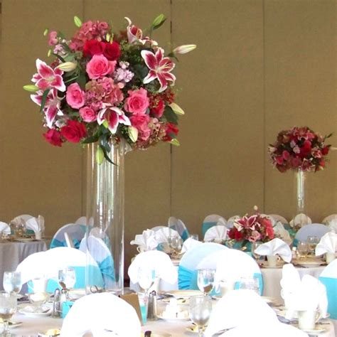 Floral table decor oriental lily 55 rb planners