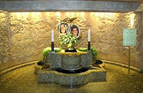 Diana Grave by Princess Diana Memorial Photograph By Keith Stokes