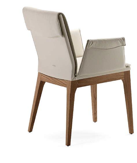 sedie rivestite accogliente ripiegata la linea della sedia e ne
