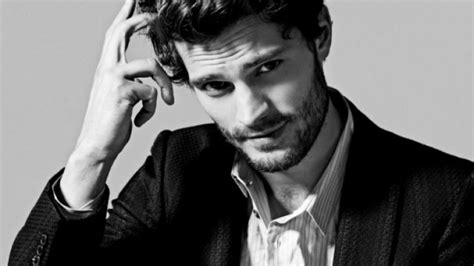 fifty shades of grey actors don t like each other quot i don t like my physique quot jamie dornan discusses