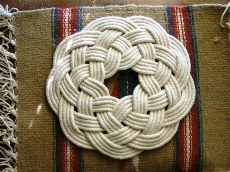Macrame Celtic Knots - 76 best images about simbolos celtas triquetra triquel on