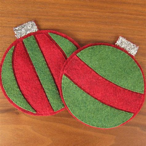 felt christmas projects felt ornament coasters allfreechristmascrafts