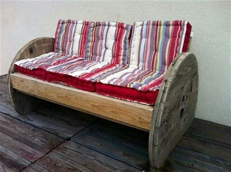 pallet sofa ideas diy pallet wood couch plans recycled things